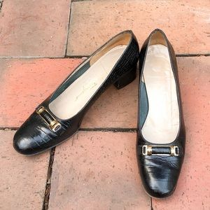 Salvatore Ferragamo Round Toe Heeled Loafers